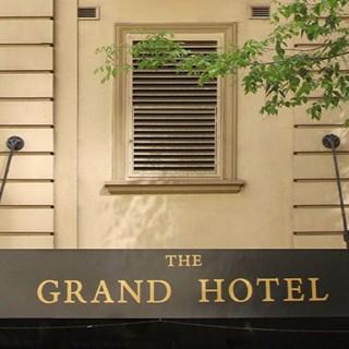 The Grand Hotel - 30 Knots - Sydney