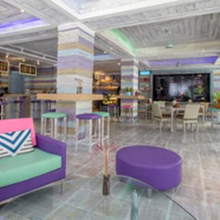 Aqua Pool Bar & Cafe - Pattaya City
