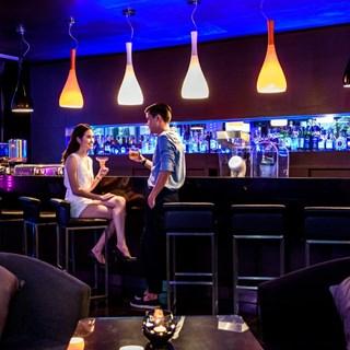 Dee Lounge & Beer Garden  - Bangkok