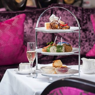 Alexander House - Champagne Bar and Afternoon Tea - Turners Hill