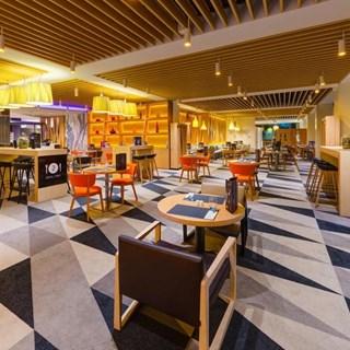 Novo Square Lounge Bar - Warszawa