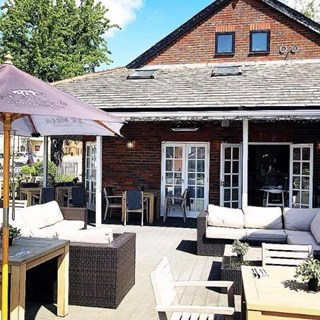 St Villa Bar and Restaurant - St Albans