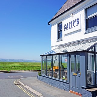 Salty's Parkgate - Neston
