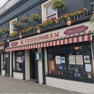 Cunninghams Bar - Kildare Town