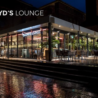 Lloyd's Lounge - Exeter