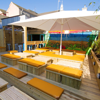 Bambu Beach Bar - Swansea