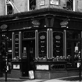 La Vita - George Square - Glasgow