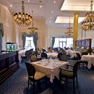 Rococo Restaurant - Trim