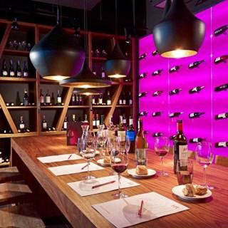 Winestone Warszawa Centrum - Warsaw