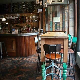 Stravaigin: The Cellar - Glasgow