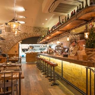 Gastrovino & Bar8 - London