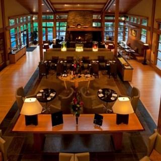 Copperleaf Restaurant at Cederbrook Lodge  - Seattle